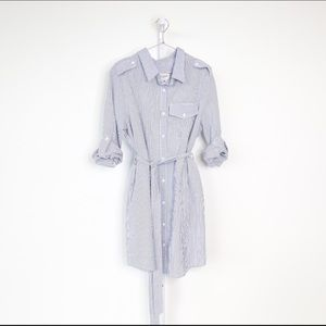 Jolie & Elizabeth seersucker shirt dress size L